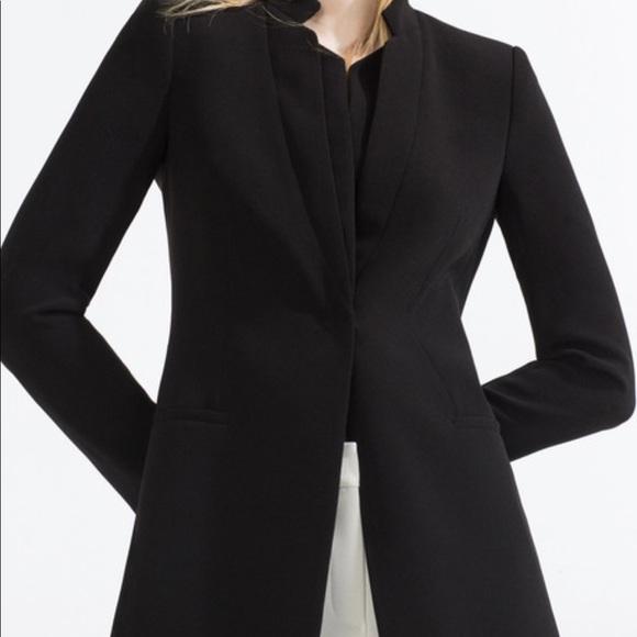 4cc4e0ac5af Zara Basic Long Black Blazer Size XS. M 5aadead3a825a623cb955dad